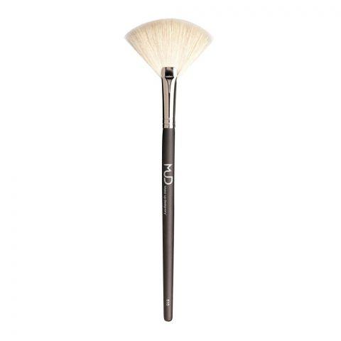 MUD Makeup Designory Large White Fan Brush, 510
