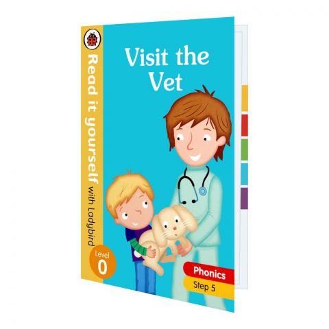 Visit The Vet Phonics Book