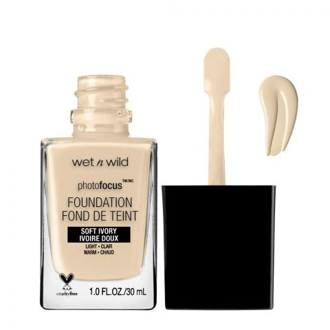 Wet n Wild Photo Focus Foundation, Soft Ivory